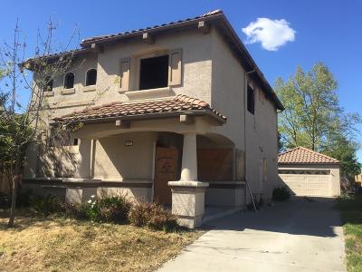 Elk Grove CA Single Family Home For Sale: $280,000
