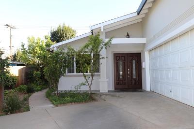 Sacramento CA Single Family Home For Sale: $370,000