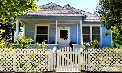 Roseville Single Family Home For Sale: 207 D Street