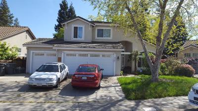 Elk Grove CA Single Family Home For Sale: $420,000