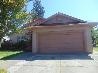 Sacramento Single Family Home For Sale: 7527 Bruno Way