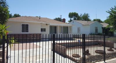 Sacramento Single Family Home For Sale: 5801 44th