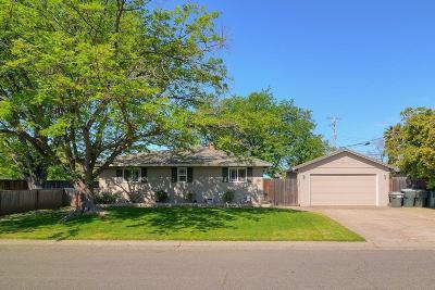 Sacramento Single Family Home For Sale: 1701 Adonis Way