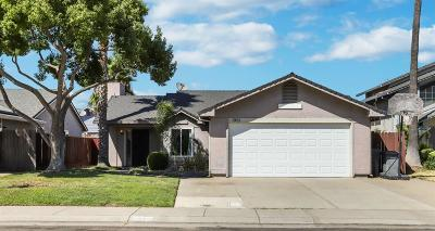 Lodi Single Family Home For Sale: 1901 Camphor Way