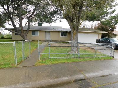 Sacramento Single Family Home For Sale: 7772 Shrader Circle