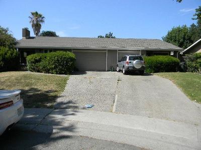 Sacramento Multi Family Home For Sale: 5509 Bobbie Jo Court