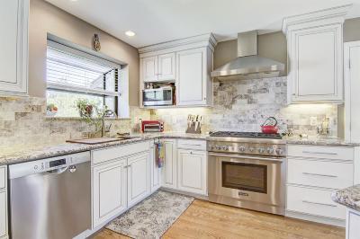 Sacramento Single Family Home For Sale: 3760 Bolsa Court