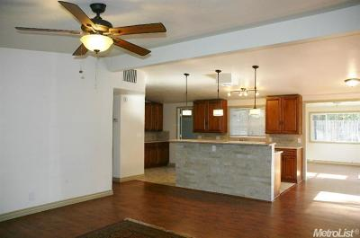 Single Family Home For Sale: 6108 Alexandria Place