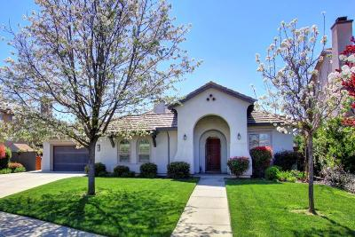 West Sacramento Single Family Home For Sale: 703 Rolling Green Drive