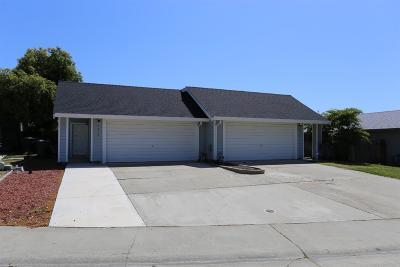 Sacramento Single Family Home For Sale: 4534 Jenness Way #4536
