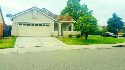 Elk Grove CA Single Family Home For Sale: $379,900