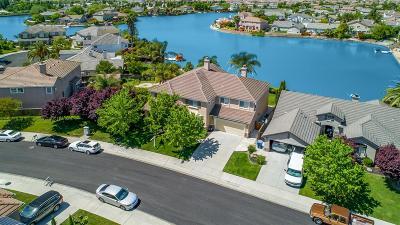 Single Family Home For Sale: 4211 River Swan Lane
