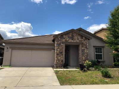 Elk Grove CA Single Family Home For Sale: $449,900