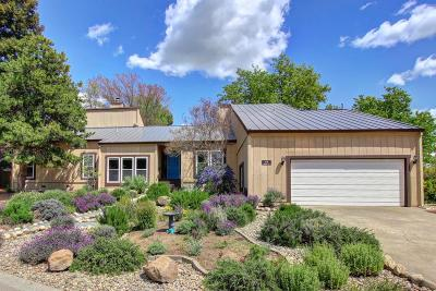 Fair Oaks  Single Family Home For Sale: 4726 Meadowood Way