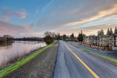 Sacramento Single Family Home For Sale: 71 Rio Viale Court