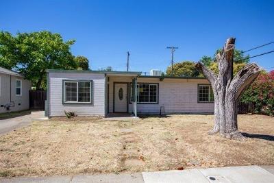 Sacramento Single Family Home For Sale: 5851 34th Avenue