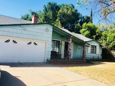 Sacramento Single Family Home For Sale: 4712 B Parkway