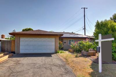 Rancho Cordova Single Family Home For Sale: 2523 Cordova Lane