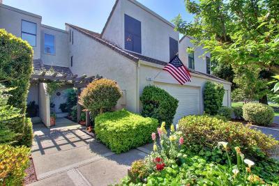 Sacramento County Condo For Sale: 149 North Grant Lane