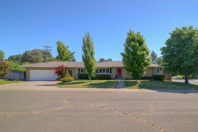 Carmichael Single Family Home For Sale: 4257 Jan Drive