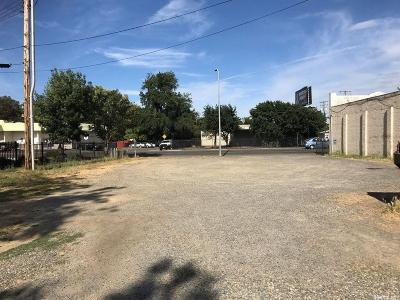 Sacramento Residential Lots & Land For Sale: 4450 Franklin Boulevard