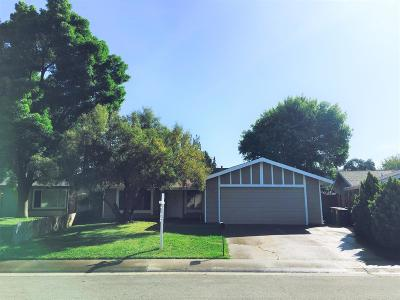 Citrus Heights Single Family Home For Sale: 7112 Dawn View Court