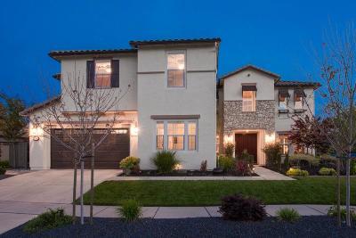 Roseville Single Family Home For Sale: 3500 Hazeltine