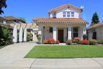 Single Family Home For Sale: 4903 Alterra Way