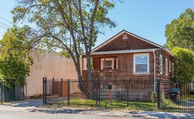 Sacramento Single Family Home For Sale: 4328 14th Ave