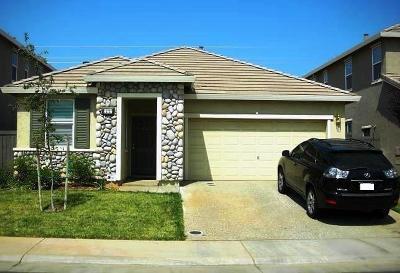 Rancho Cordova Single Family Home For Sale: 11757 Loisdale Way