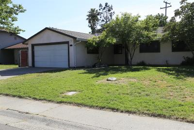 Citrus Heights Single Family Home For Sale: 7719 Bierston Street