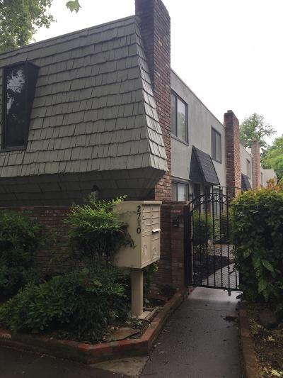 Sacramento Multi Family Home For Sale: 2710 E Street