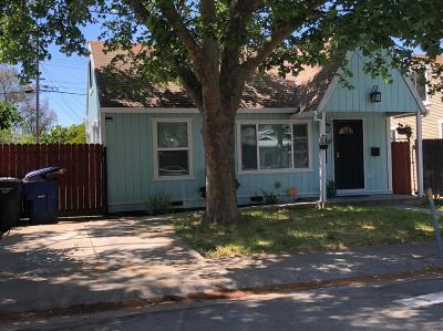 Sacramento Single Family Home For Sale: 4024 32nd Street