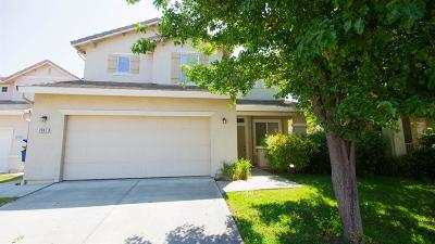 Sacramento CA Single Family Home For Sale: $409,900