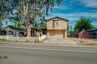 Citrus Heights Single Family Home For Sale: 8241 Zenith Drive