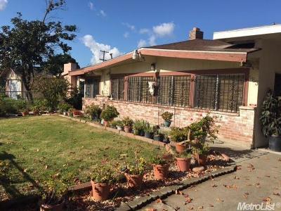 Stockton Single Family Home For Sale: 663 Chicago Avenue