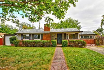 Sacramento Single Family Home For Sale: 3141 Yellowstone Lane