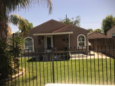 Sacramento Single Family Home For Sale: 3624 17th Avenue