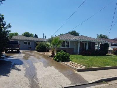 Oakdale Single Family Home For Sale: 118 School Avenue