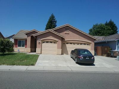 Elk Grove CA Single Family Home For Sale: $399,950