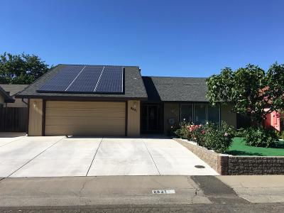 Sacramento CA Single Family Home For Sale: $367,000