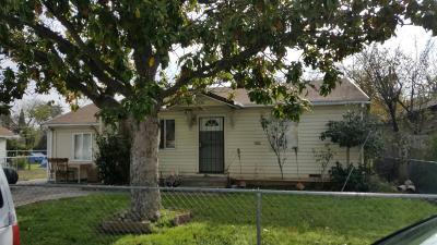 Sacramento CA Single Family Home For Sale: $179,000