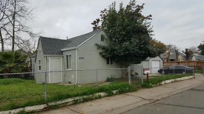 Sacramento CA Single Family Home For Sale: $187,000