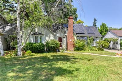 Sacramento Single Family Home For Sale: 475 Southgate Road