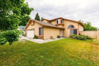 Sacramento Single Family Home For Sale: 18 Caruso Island Court