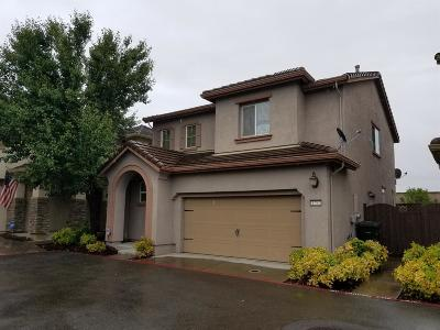 Placer County Single Family Home For Sale: 1252 Landmark Circle