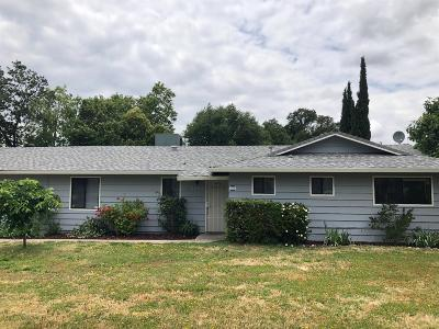 Sacramento Single Family Home For Sale: 5249 Hackberry Lane