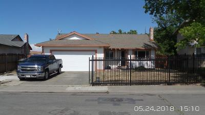 Sacramento Single Family Home For Sale: 6235 Pantano Drive