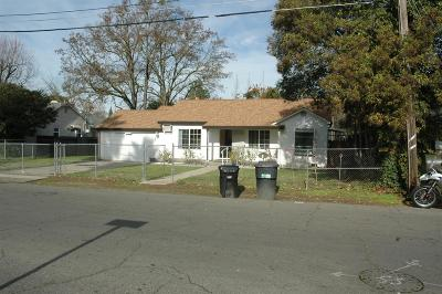 Sacramento Single Family Home For Sale: 2835 Maison Way