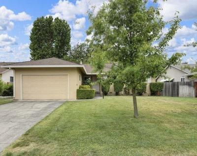 Single Family Home For Sale: 3808 Dubac Way